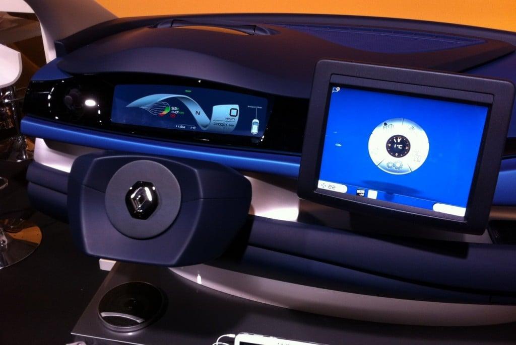 Le prototype Renault avec un écran 8 pouces.